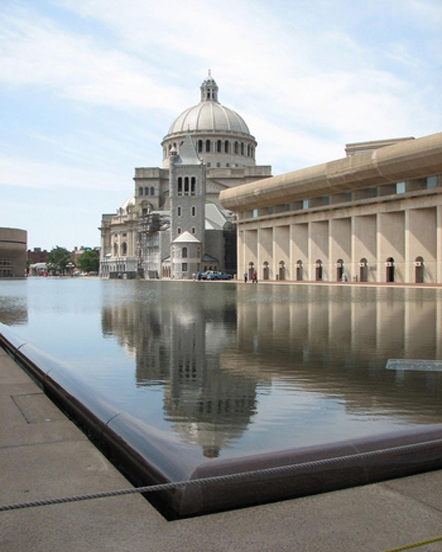 Reflecting Pool Waterproofing : American hydrotech inc green roofs garden