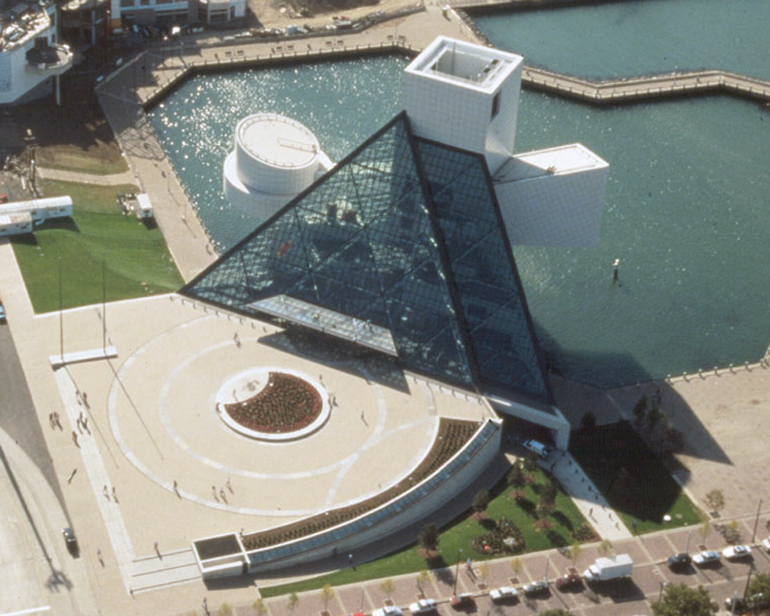 rock roll hall of fame and museum